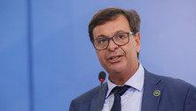 Ministro do Turismo reclama dos altos preços das passagens aéreas