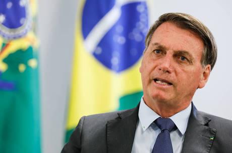 Bolsonaro assinou o decreto de prorrogação