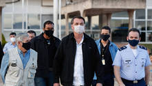 Bolsonaro mantém obrigatório uso de máscara, mas libera em igrejas