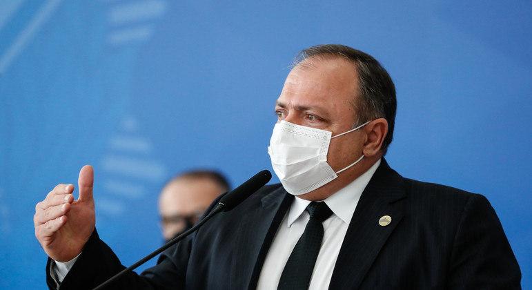 Ministro deve deixar o cargo nos próximos dias, enquanto Bolsonaro escolhe substituto