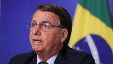 Com popularidade em queda, Bolsonaro muda tom sobre vacinas