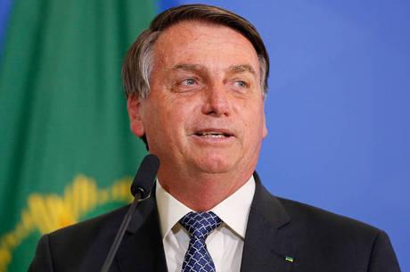Bolsonaro fez live ao lado do ministro da CGU