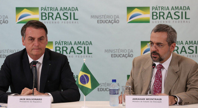 O presidente Jair Bolsonaro e o ministro Abraham Weintraub