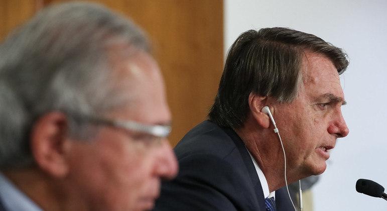 Para não desidratar PEC, equipe econômica tenta evitar ajuda de Bolsonaro a policiais