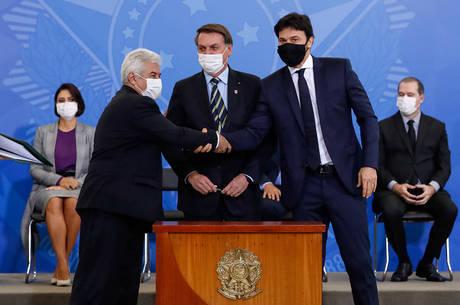 Bolsonaro deu posse a Fábio Faria nas Comunicações