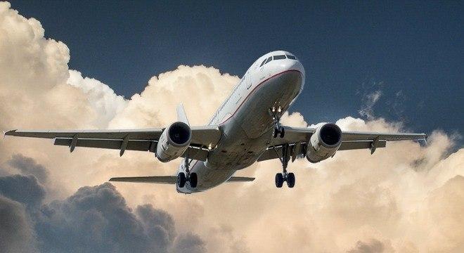 Crise ameaça 62 mil empregos no transporte aéreo