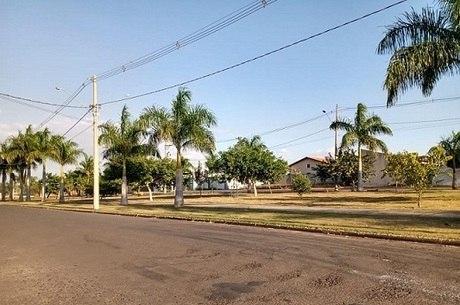 Vista da praça Olga Moreira