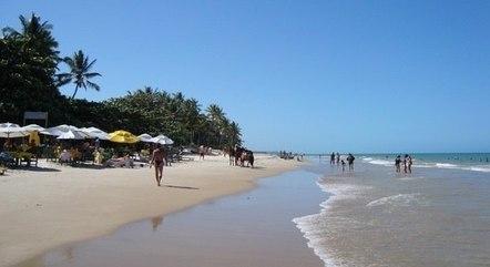 Praia em Trancoso. Região tem aumento de casos de covid