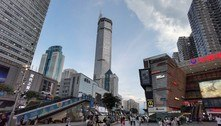 China: prédio balança por razão desconhecida e causa pânico