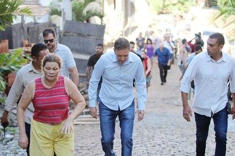 Prefeito do Rio reforçou que prédios eram irregulares