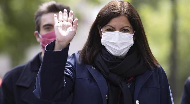 Anne Hidalgo vai para seu segundo mandato como prefeita de Paris
