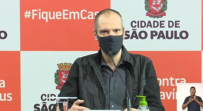 Prefeito Bruno Covas detalha como será a reabertura dos serviços na capital