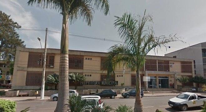 Dois homens foram presos em Paracatu (MG) por venda de combustível