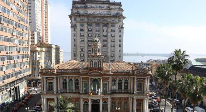 Prefeitura de Porto Alegre define expediente especial em dias de jogos do Brasil  Crédito: Ricardo Giusti / CP Memória