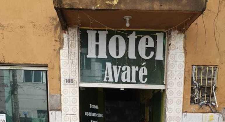 SP emparedou o hotel Avaré, usado pela Gatinha da Cracolândia