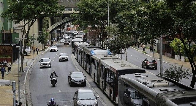 Rodízio de veículos está suspenso neste feriado em São Paulo