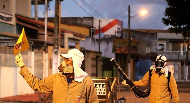 Prefeitura reforça ações de combate ao Aedes em cinco bairros da capital