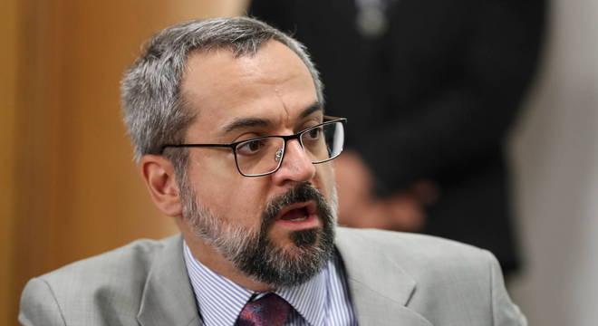Na imagem, o ex-ministro da Educação Abraham Weintraub