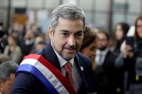 Presidente paraguaio sofre desgaste