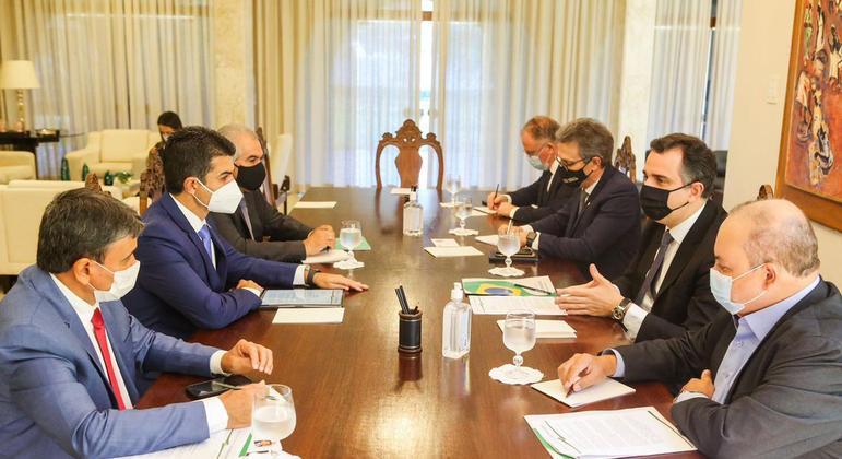 Presidente do Senado, Rodrigo Pacheco, se reúne com governadores