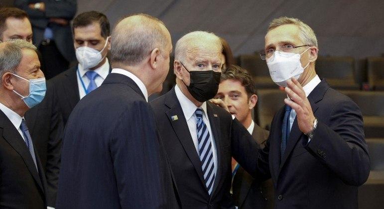Presidente dos EUA, Joe Biden, se reuniu com o secretário-geral da Otan antes da abertura da cúpula