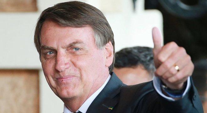 O presidente Jair Bolsonaro desafiou os governadores a zerar o ICMS que incide sobre os combustíveis