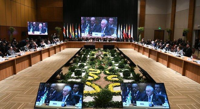 Presidente Michel Temer em cúpula do Mercosul, em junho; afirmações de nome forte do futuro governo causaram apreensão em países vizinhos