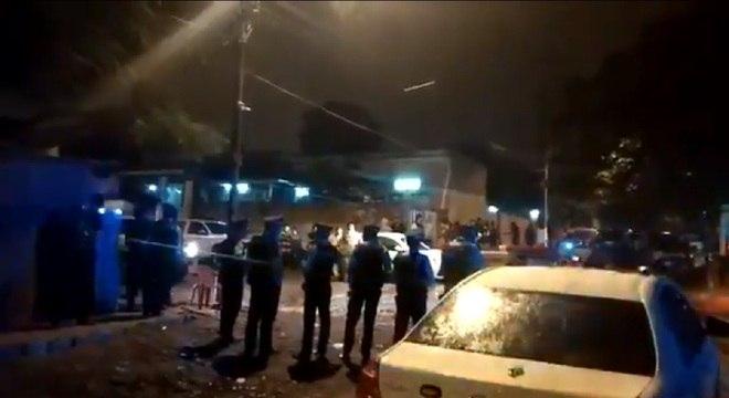 A segurança foi reforçada do lado de fora do presídio San Pedro