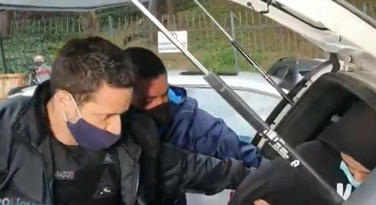 Polícia Civil de SP busca por suspeitos de participar de delivery de drogas