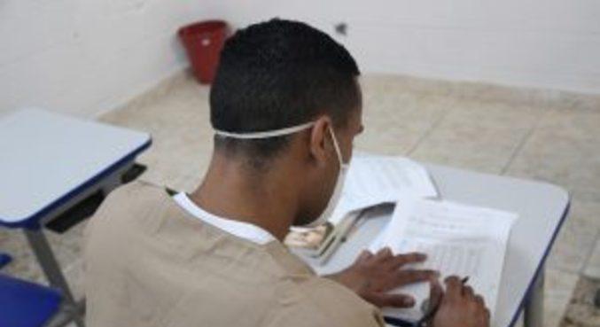 Presos de São Paulo podem participar de provas  para a conclusão do ensino