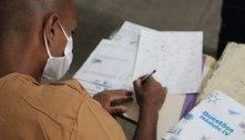 Em SP detentos participam de cursinho pré-vestibular em EAD