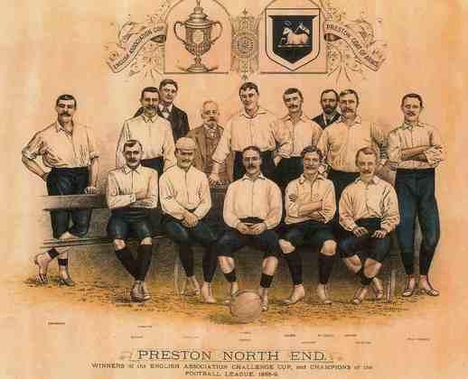 Preston North End - O Campeonato Inglês teve sua primeira edição no ano de 1889. Nela, o Preston foi campeão invicto. Os Lilywhites foram responsáveis pela criação da  liga inglesa de futebol (EFL)