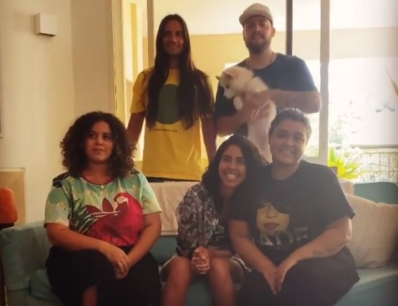 Preta Gil se reúne com a família após vencer coronavírus ...