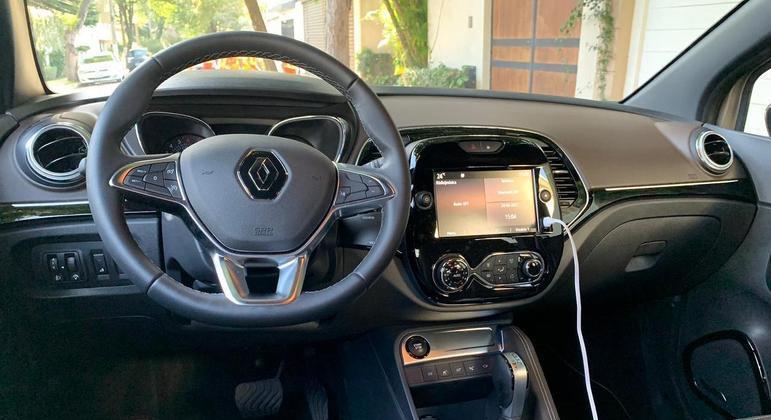 Multimídia agora tem 8 polegadas e traz Android Auto e Apple CarPlay ainda com fio