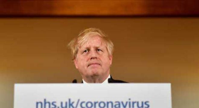 Primeiro-ministro britânico passou uma semana internado, infectado com o novo coronavírus