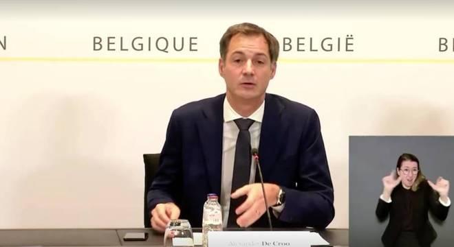 Primeiro-ministro da Bélgica Alexander De Croo em coletiva de imprensa nesta sexta