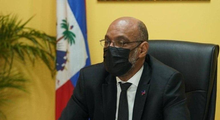 O primeiro-ministro do Haiti, Ariel Henry, fez um apelo neste domingo (15)