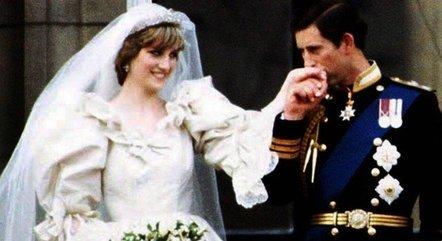 Charles e Diana tiveram um casamento tumultuado