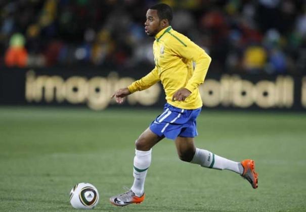 Principais jogadores da Seleção Brasileira em 2007: Maicon, Júlio Baptista e Robinho (foto)