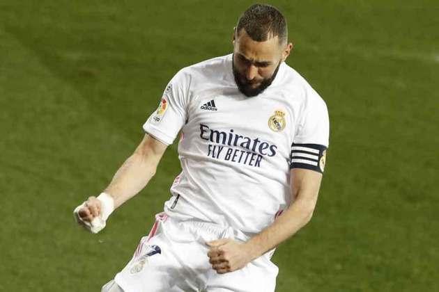 Principal nome do Real Madrid na temporada, Karim Benzema foi semifinalista da Champions League, mas não conquistou grandes títulos pelo clube. O destaque do jogador em 2020/2021 foi a sua volta para a seleção francesa na Eurocopa, mas a conquista da taça também não aconteceu