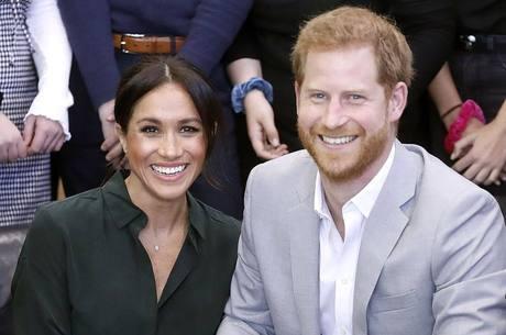 Rainha pretende discutir crise gerada por Harry e Meghan