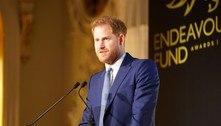 Harry volta ao Reino Unido sem Meghan para funeral do avô
