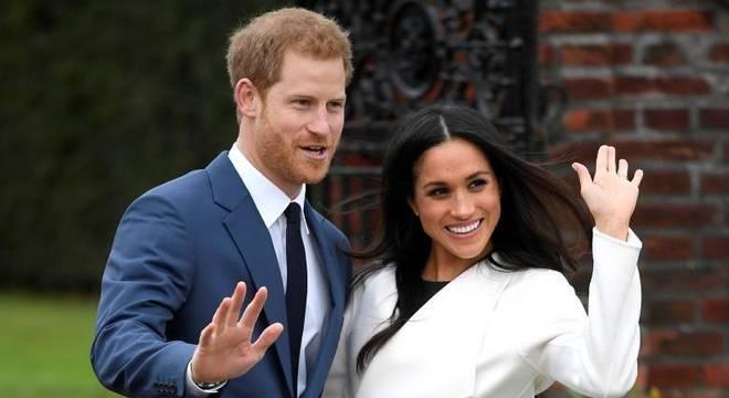 O príncipe Harry se casará com a  atriz Meghan Markle no sábado (19)