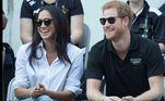 A primeira aparição pública de Harry e Meghan como um casal foi em setembro de 2017, durante um jogo de tênis paraolímpico em Toronto, no Canadá. Os boatos do relacionamento já rolavam desde dezembro de 2016