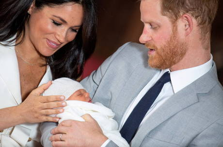 Família real está desapontada com Harry e Meghan