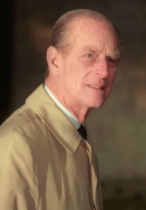 De ascendência alemã, o duque nasceu príncipe da Grécia e da Dinamarca, em 10 de junho de 1921 na ilha grega de Corfu. Foi o quinto filho de Alice de Battenberg e Andrew da Grécia. A família fugiu quando ele tinha 18 meses, após a proclamação da república grega, e buscou refúgio em Paris