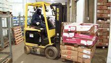 Quadrilha usa fuzis para roubar 80 toneladas de carne em Cajamar (SP)