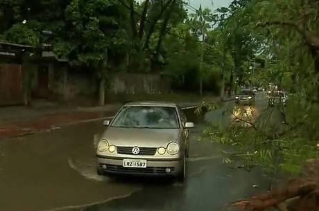 Chuva provocou estragos no Rio de Janeiro