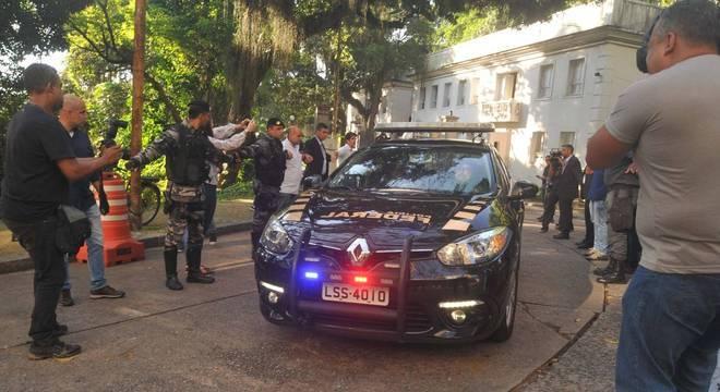 Agentes da PF cumpriram mandado na residência oficial do governador do Rio