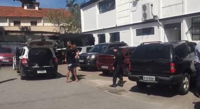 Polícia Civil prende ladrões que invadiam residências na zona sul de SP